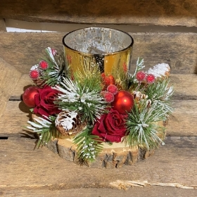 Christmas Table Centrepiece on Wood Slice.